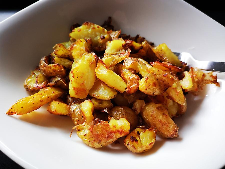 Röstkartoffeln mit Salz und Essig
