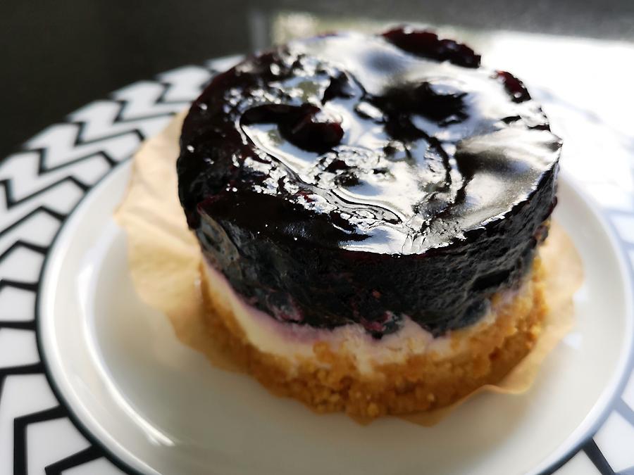 Himbeer- oder Blaubeer-Mascarpone-Torte